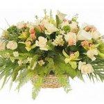 Доставка цветов от службы Flower-shop.ru.