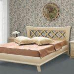 Купить деревянную кровать в Киеве по доступной цене и высокого качества.