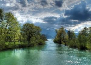 Маленькая река Ейёмю