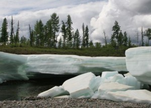 Тарыны - покровные ледяные образования