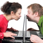 Виртуальное общение не заменит живого.