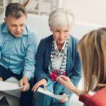 Как получить кредит пенсионеру без проблем и длительных ожиданий